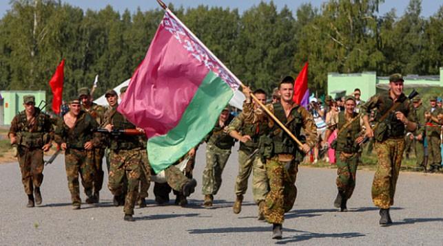 Три серебряные и одну бронзовую награды завоевали белорусские военнослужащие с начала АрМИ-2018