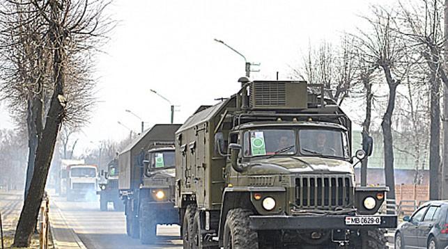 Минобороны предупреждает водителей о движении колонн военной техники на командно-штабное учение