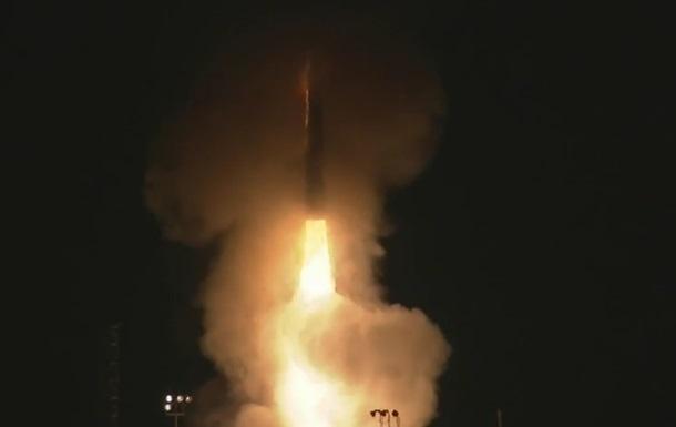 В США прервали запуск баллистической ракеты
