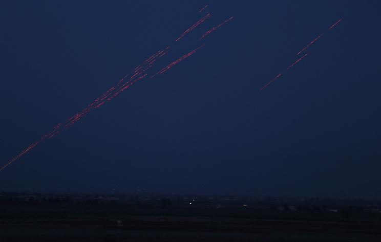СМИ: сирийские ПВО атаковали воздушную цель около Дамаска