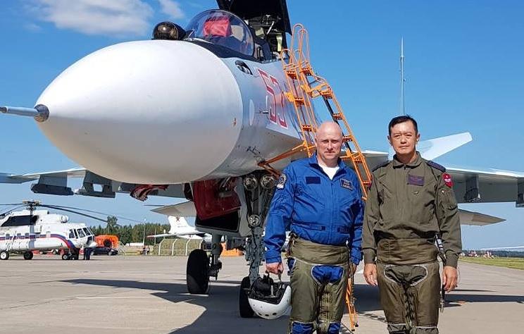Командующий ВВС Мьянмы провел