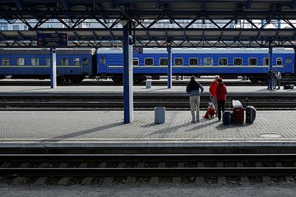 Украина приготовилась прекратить железнодорожное сообщение сРоссией