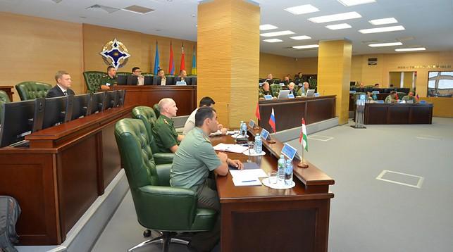 ОДКБ провела тренировку по урегулированию условного кризиса в Центральной Азии