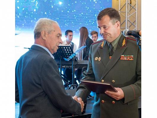 Реликвия из рук Министра обороны Республики Беларусь