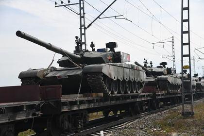 В российских военных учениях увидели сигнал всему миру